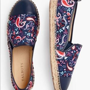 Talbots NWT Blue & Floral Espadrilles Size 7.5